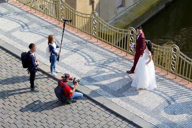 fotografování svatebního páru